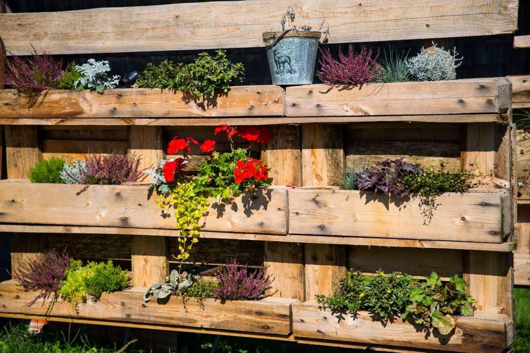 Paletten Holzblumenkasten selber bauen